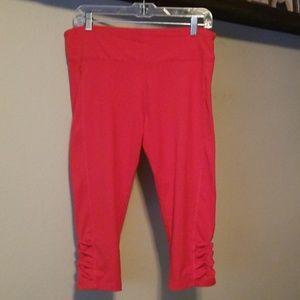 Red capri leggings